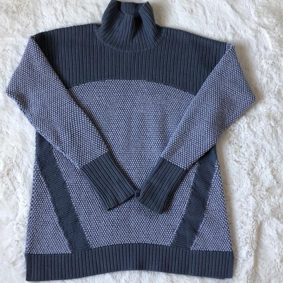 LuluLemon Athletica Sweater